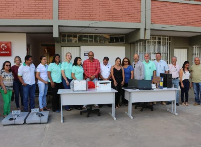 Prefeito Ademir Gobira entrega novos equipamentos à Secretaria de Agricultura e Meio Ambiente